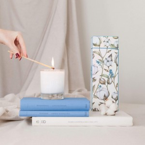 Cotton Flower Candle